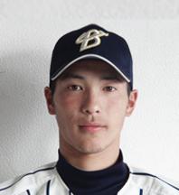 小豆澤誠 背番号4 3年 右投左打 飛龍高